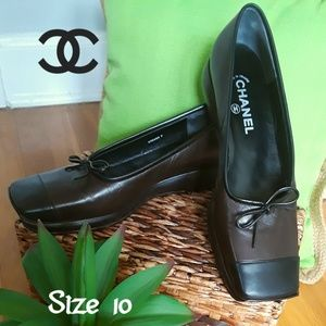 Like New! CHANEL Ballet Flats